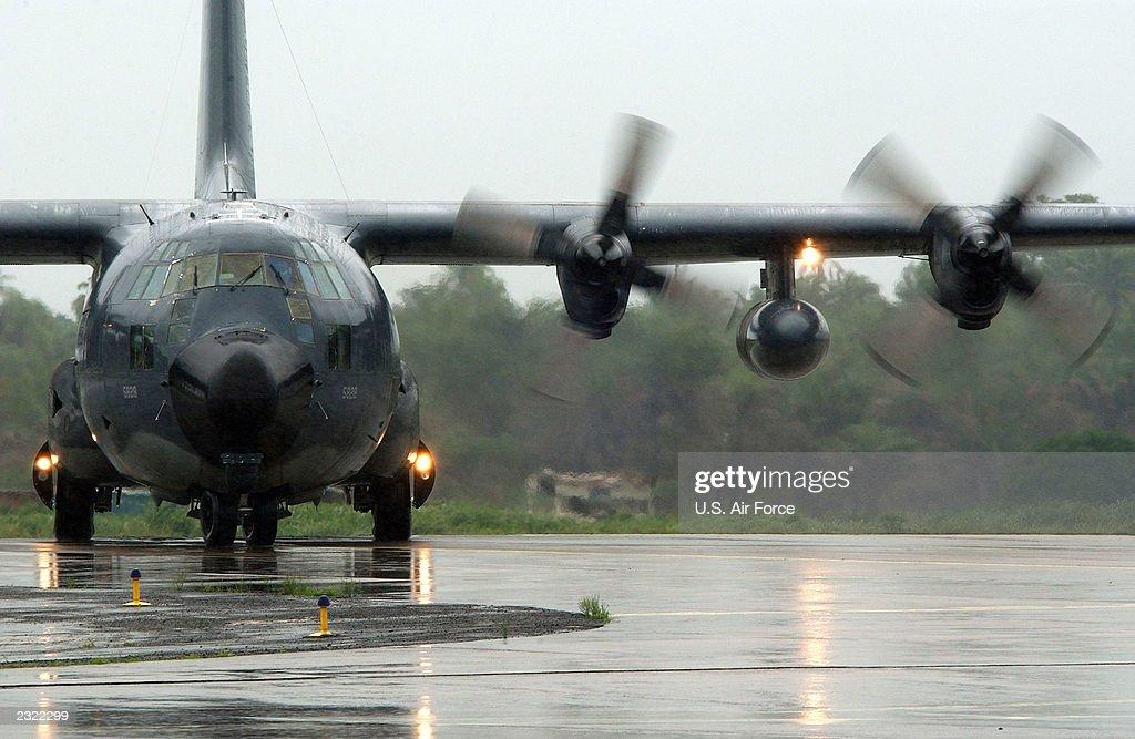 Liberian Support Operation : News Photo