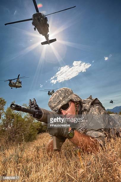 なオプションミッション - 狙撃兵 ストックフォトと画像