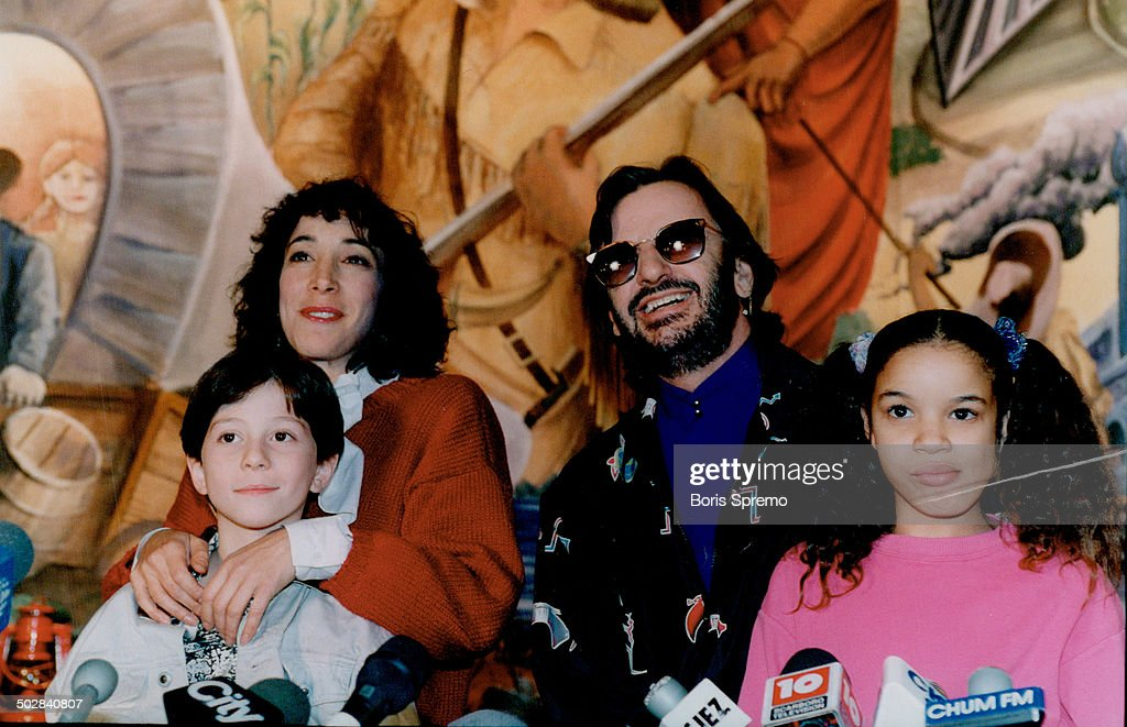 Special people: Ringo Starr clowns for photo yesterday with Didi Conn and child actors Jason woliner : News Photo