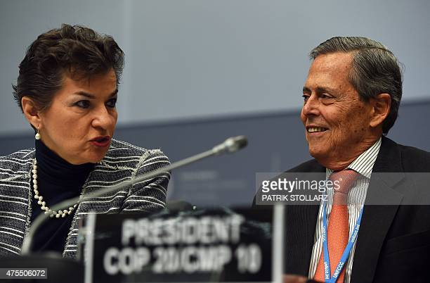 Special Representative of Peru for Climate Change Jorge Voto Bernales and Executive Secretary of the United Nations Framework Convention on Climate...