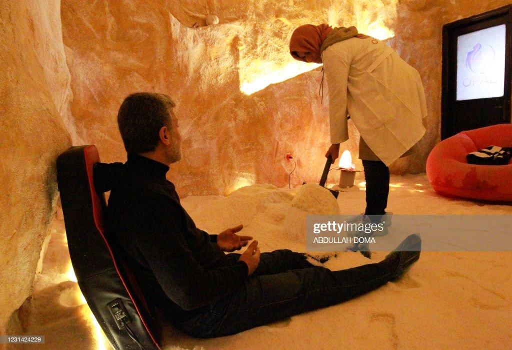 LIBYA-HEALTH-MEDICINE-SALT : News Photo
