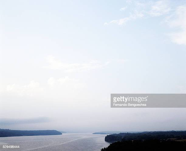 spectacular seascape seen during the day - fernando bengoechea stock pictures, royalty-free photos & images