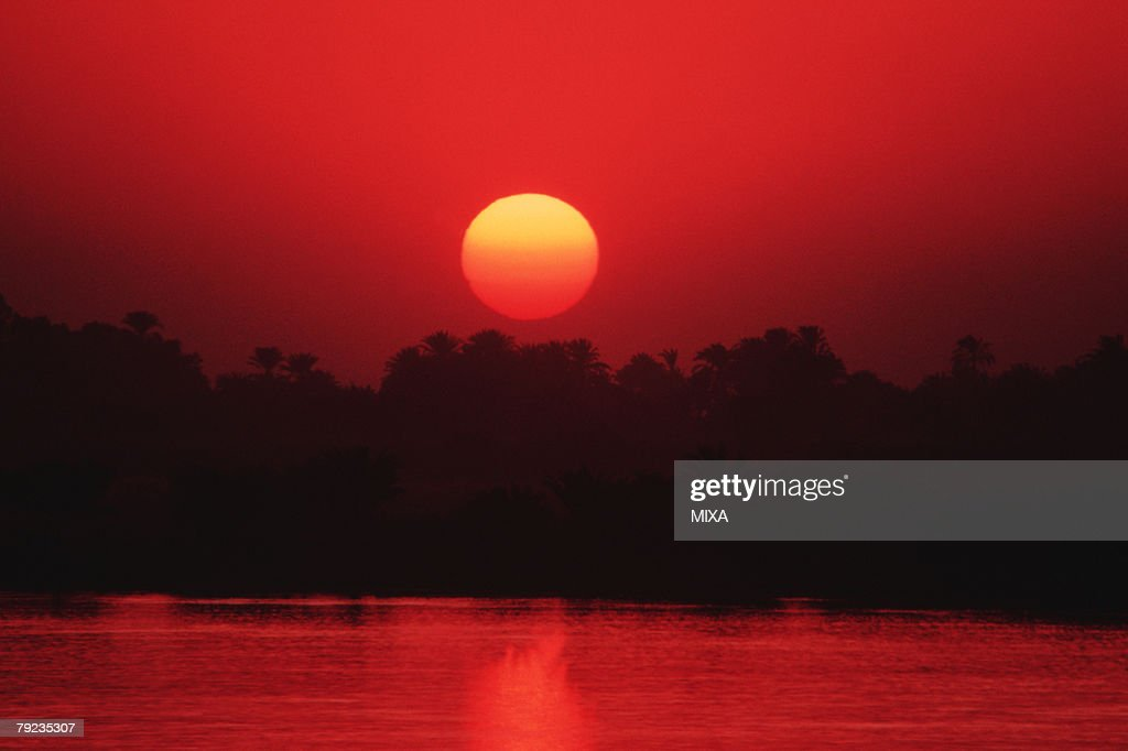 A spectacular view of sunset in Luxor, Egypt : Stock Photo