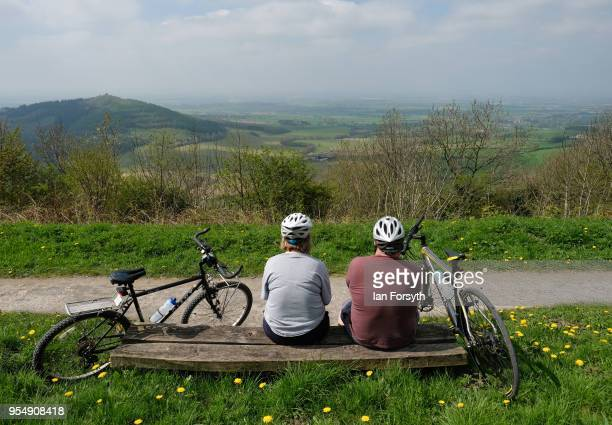 Spectators gather on the iconic Sutton Bank as they wait for the third stage of the Tour de Yorkshire cycling race on May 5 2018 in Thirsk United...
