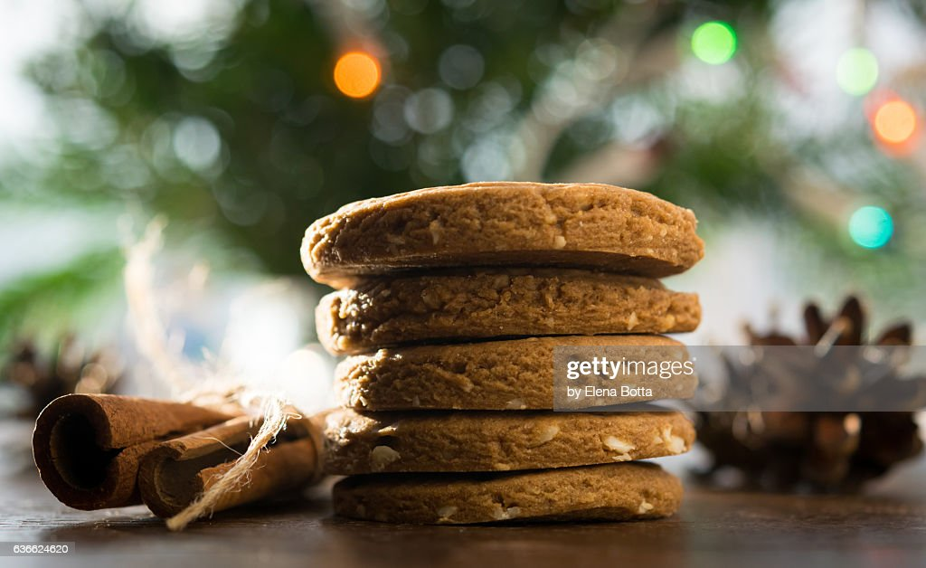 Speculatius cookies with colorful lights : Stock Photo