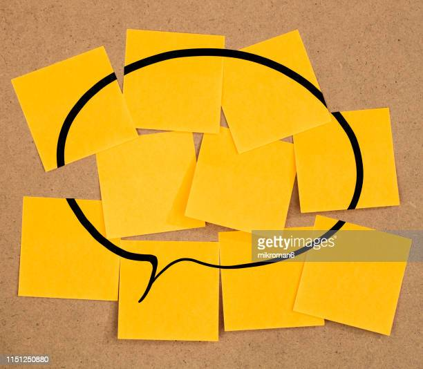 speech bubble sticky notes on a board - brainstorming stock pictures, royalty-free photos & images