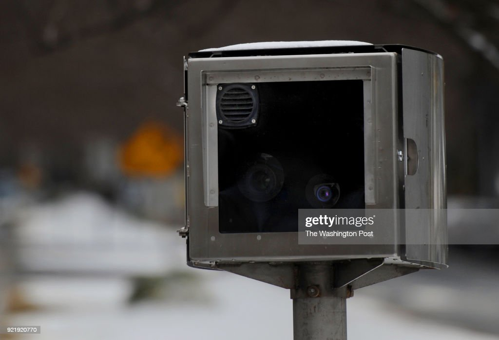 City Says Speed and Red Light Camera Fines are Down : News Photo