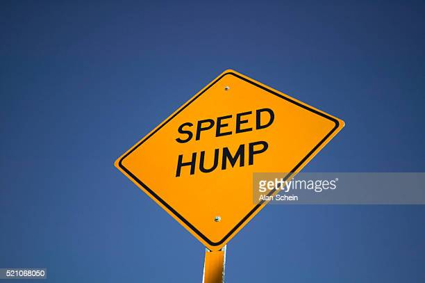 'Speed Hump' Road Sign