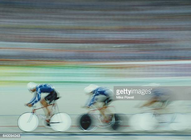 Speed impression of the United States team during the 4000m Team Pursuit race during the World Cycling Championship on 9 September 1986 at the...