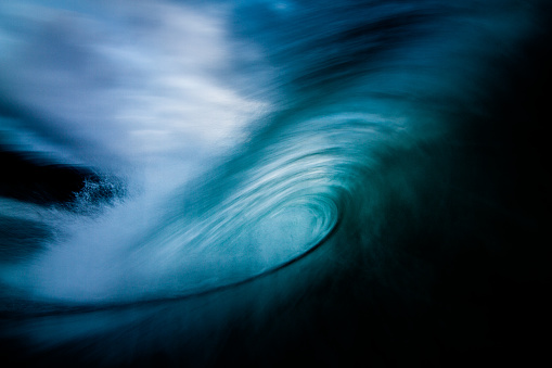 Speed of the Wave - gettyimageskorea