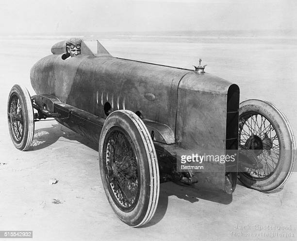 Speed Records Smashed at Florida Track It took Sig Haugdahl noted dirt track speed king just 22 and 35 seconds to travel a mile over the Pablo Beach...