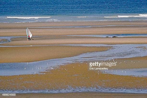 speed sail - le touquet paris plage stock pictures, royalty-free photos & images