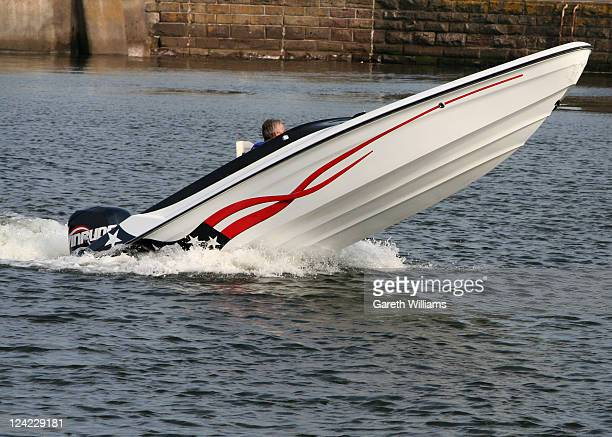 A Speedboat leaving Broughty Ferry harbour