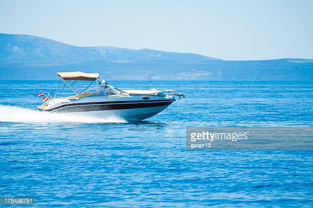 Beschleunigung power boat