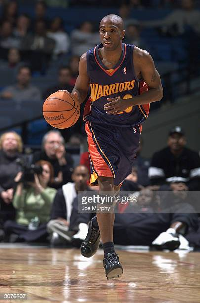 Speedy Claxton of the Golden State Warriors brings the ball upcourt during the game against the Memphis Grizzlies at The Pyramid on February 25 2004...