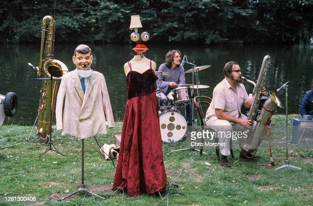Speedy Keen and Andy Newman of Thunderclap Newman, Goring on Thames, September 1972.