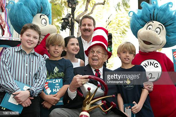 Spencer Breslin Thing 1 Craig Kornblau president of Universal Studios Home Video Johnny Grant Honorary Mayor of Hollywood and Thing 2 with fans