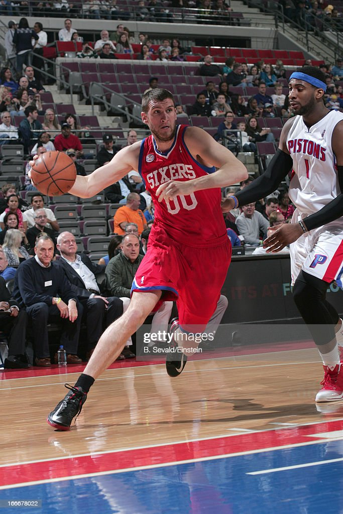Spencer Hawes #00 of the Philadelphia 76ers drives during the game between the Detroit Pistons and the Philadelphia 76ers on April 15, 2013 at The Palace of Auburn Hills in Auburn Hills, Michigan.