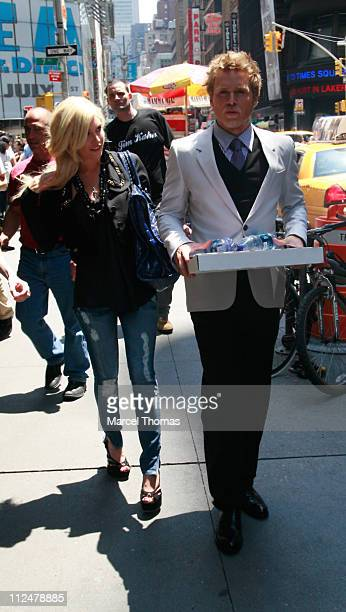 Spencer Pratt and wife Heidi Montag are seen on the Streets of Manhattan on June 15 2009 in New York City