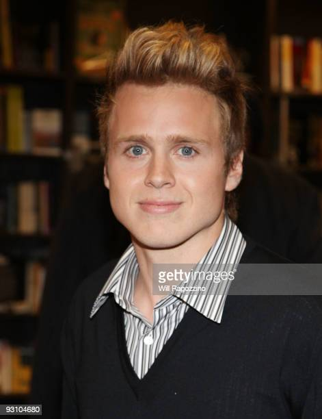 Spencer Pratt promotes How to be Famous at Borders Books Music Columbus Circle on November 16 2009 in New York City