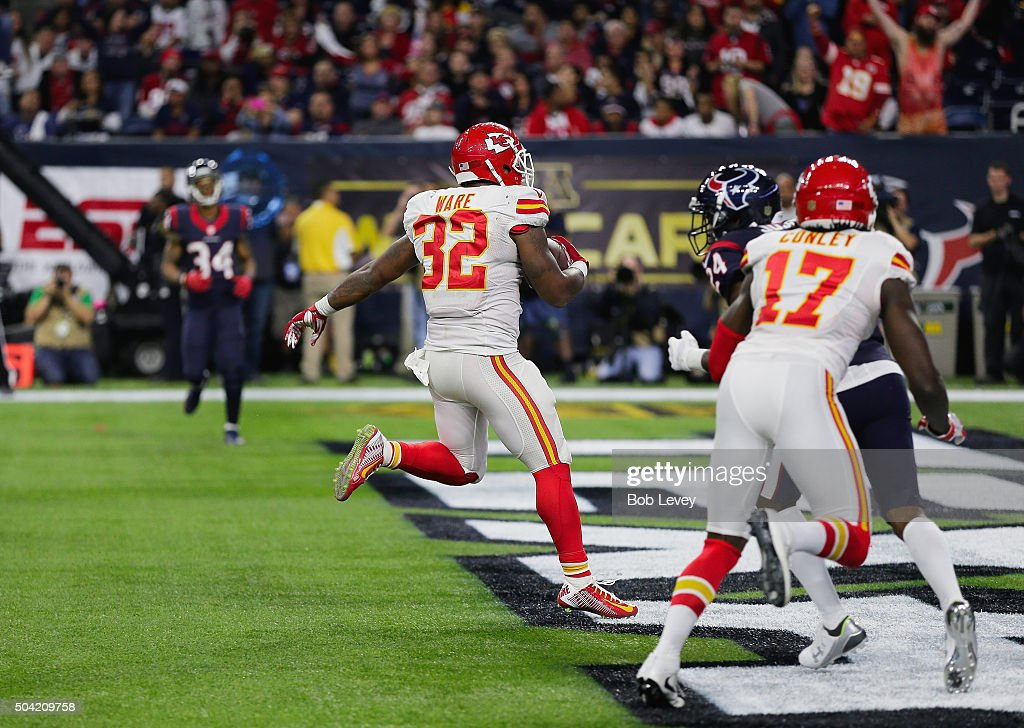 Wild Card Round - Kansas City Chiefs v Houston Texans : News Photo
