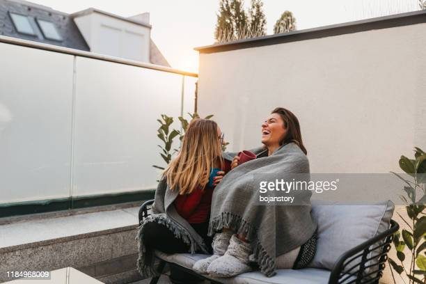 spending quality time together - girlfriend stock pictures, royalty-free photos & images