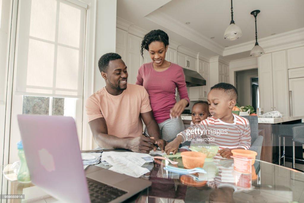 Verbringt Zeit mit Familie trotz Ihres vollen Terminkalenders : Stock-Foto