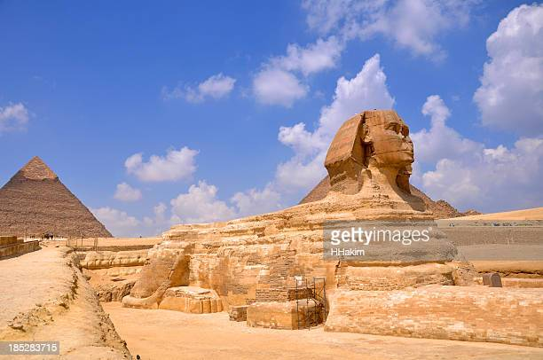 Sphinx and the pyramids of Giza