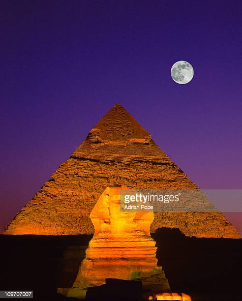sphinx & pyramid, giza, egypt - giza stock pictures, royalty-free photos & images
