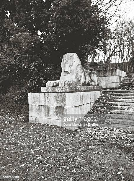 sphinx sculpture at crystal palace park - crystal palace london stock pictures, royalty-free photos & images