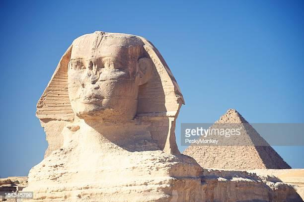 Le Sphinx et la grande pyramide en Egypte, Giza ciel bleu