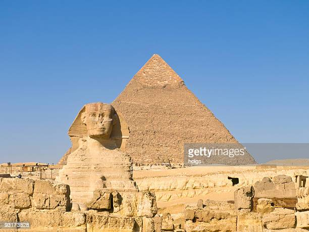 Sphinx with great Pyramid