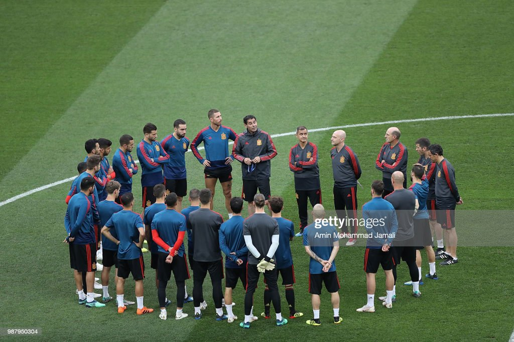 Spian Players look on in a Training Session before the Match between Spain and Russian at the Luzhniki Stadium in Moscow on June 30, 2018 in Moscow, Russia.