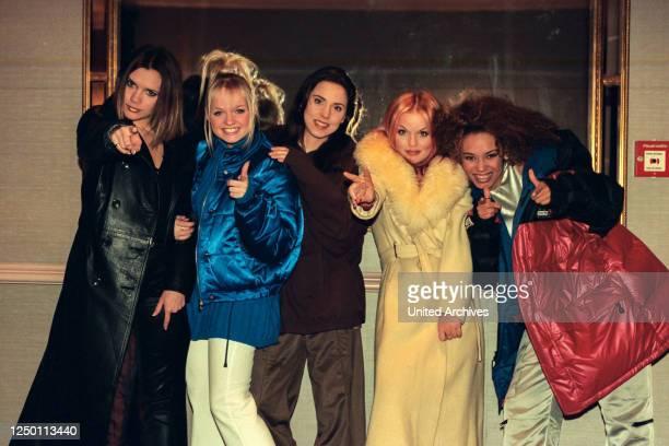 """Spice Girls - Die fünfköpfige britische Pop-Girlgroup """"Spice Girls"""" Melanie ?Mel B? Brown, Emma Bunton, Geraldine ?Geri? Horner, geb. Halliwell,..."""