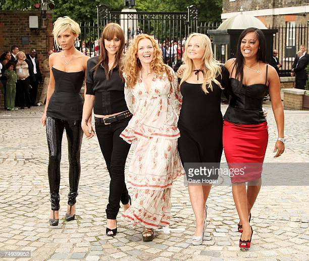 Spice Girls Victoria Beckham Melanie Chisholm Geri Halliwell Emma Bunton and Melanie Brown attend a photocall at the Royal Observatory Greenwich...