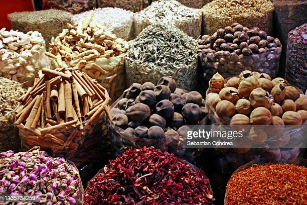 spice souk deira in dubai, uae - souk stock pictures, royalty-free photos & images