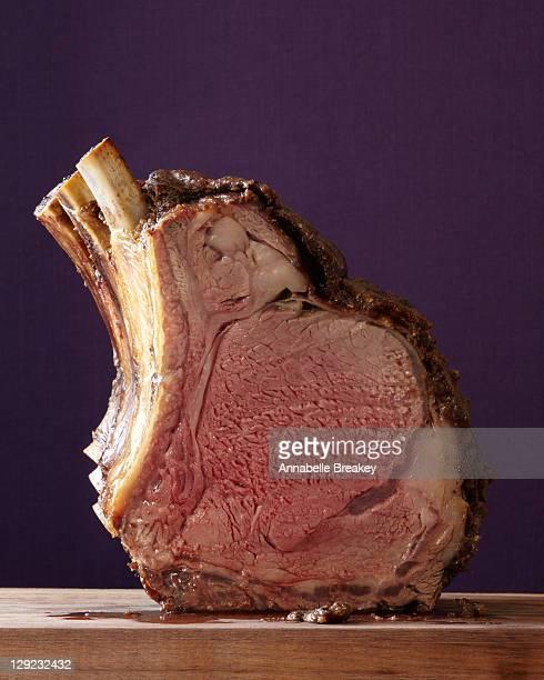 Spice-crusted prime rib