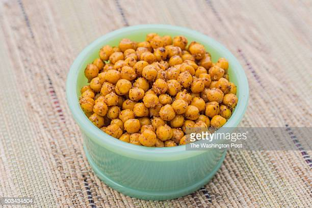 Spiced roasted chickpeas for 1/13 Weeknight Vegetarian Tableware from Salt Sundry