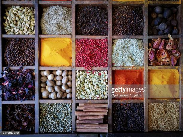 spices on market - spice stock pictures, royalty-free photos & images
