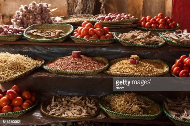 spices on the market in a small village in madagascar, africa. - マダガスカル ストックフォトと画像