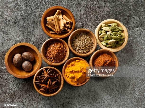 spices - 薬草 ストックフォトと画像