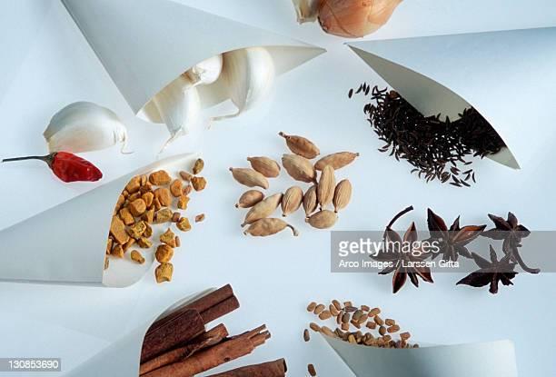 Spices: Star Anise, Caraway seed, Fenugreek seed, Turmeric, Cinnamon sticks, Garlic, Cardamom, Onion and Chili