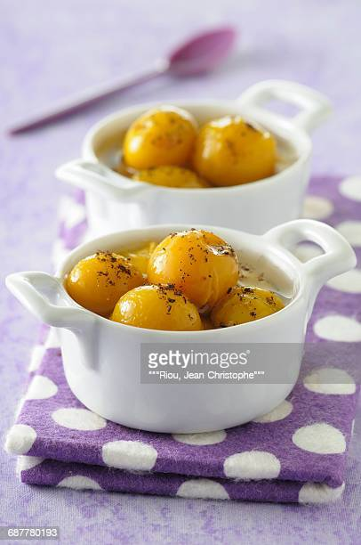 Spicy mirabelle plums in syrup