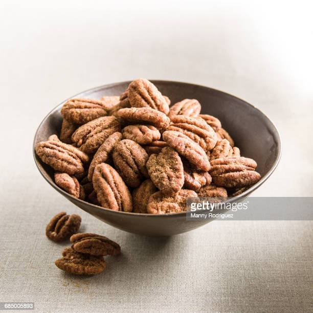 Spicy pecans in bowl