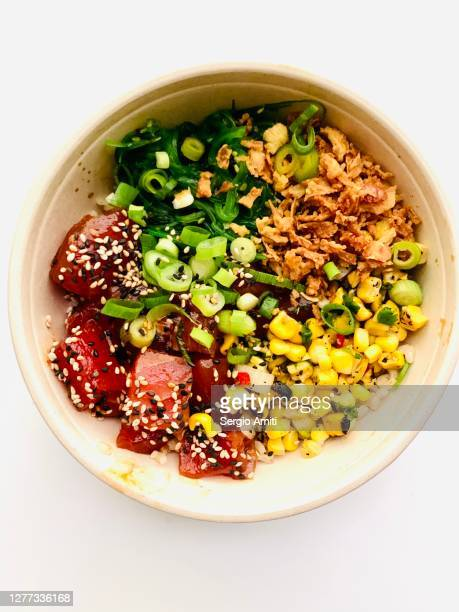 spicy tuna poke bowl - salad stock pictures, royalty-free photos & images