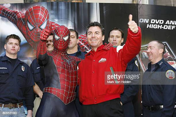 Spider Man and Papa John Founder John Schnatter at the SpiderMan and Papa John's Honor Hometown SuperHeroes October 29 2007 in Times Square in New...