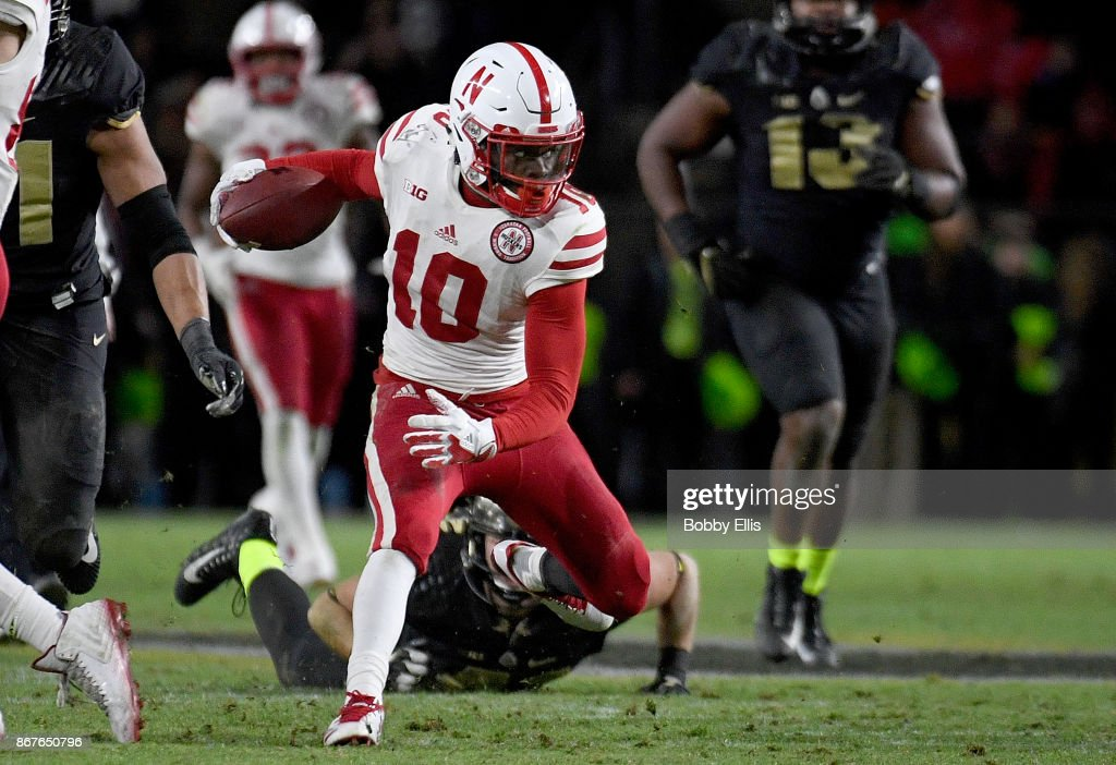 JD Spielman #10 of the Nebraska Cornhuskers runs with the ball after catch a pass in the fourth quarter during the game between the Purdue Boilermakers and the Nebraska Cornhuskers at Ross-Ade Stadium on October 28, 2017 in West Lafayette, Indiana.