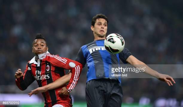 FUSSBALL INTERNATIONAL SERIE A SAISON 2012/2013 7 Spieltag AC Mailand Inter Mailand Robinho gegen Andrea Ranocchia