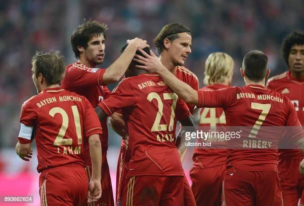 11 Spieltag Saison 2012/2013 FUSSBALL 1 BUNDESLIGA SAISON 2012/2013 11 Spieltag FC Bayern Muenchen Eintracht Frankfurt 0 Philipp Lahm Javi Javier...