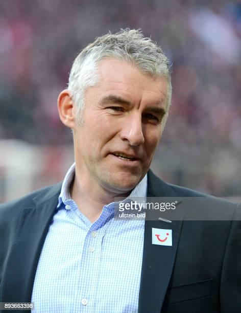 13 Spieltag Saison 2012/2013 FUSSBALL 1 BUNDESLIGA SAISON 2012/2013 13 Spieltag FC Bayern Muenchen Hannover 96 Trainer Mirko Slomka